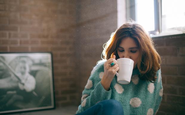 Фото №1 - Почему нельзя пить горячий чай, и чем пакетики лучше заварки