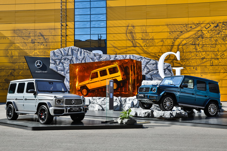 Фото №1 - Mercedes-Benz отметил 10-летие сотрудничества с ПМЭФ
