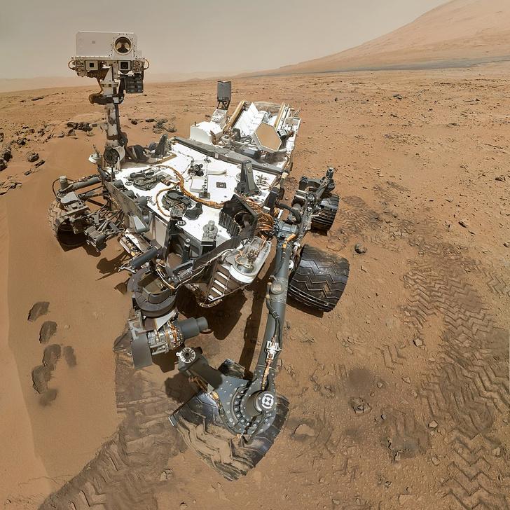 Фото №1 - Здесь был робот: как космические аппараты добрались туда, где не ступала нога человека