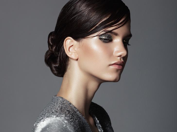 Фото №1 - Спарклинг: макияж, который заставит ваши глаза сиять (и днем, и вечером)