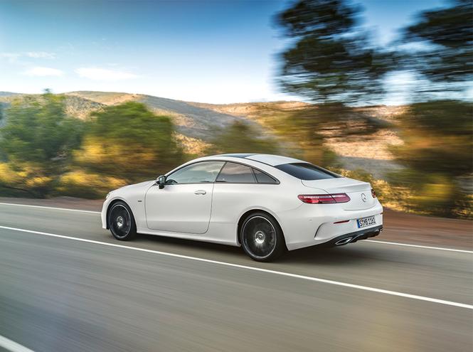 Фото №4 - Бизнес-класс теперь и в купе: Mercedes-Benz представил новый спорткар