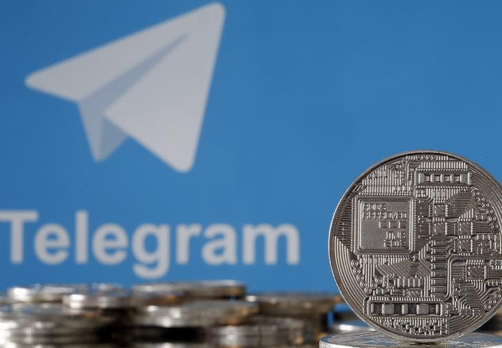 Фото №1 - Павел Дуров объявил о монетизации Telegram, с дополнительными функциями и платными стикерами