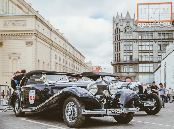 Фото №1 - По Москве с ветерком: ралли классических автомобилей L.U.C Chopard