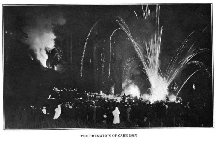 Фото №5 - Место, где больше 100 лет собираются самые влиятельные люди США для странных ритуалов
