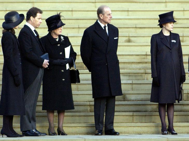 Фото №5 - 5 важных традиций Виндзоров, связанных с похоронами членов королевской семьи