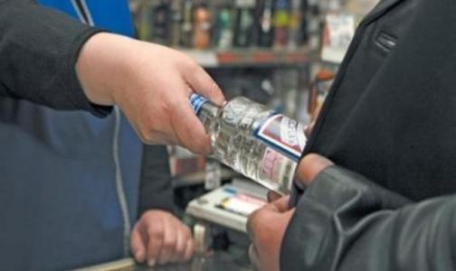 Фото №1 - Ученые доказали связь водки с высокой смертностью мужчин в России