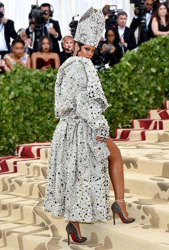 Фото №3 - Met Gala 2018: платья, которые уже вошли в историю