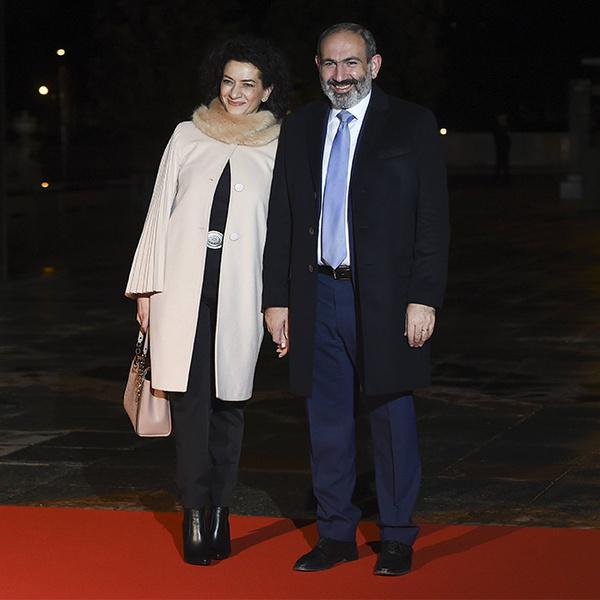 Фото №23 - Боги политического Олимпа: президенты и их жены на званом ужине в Париже