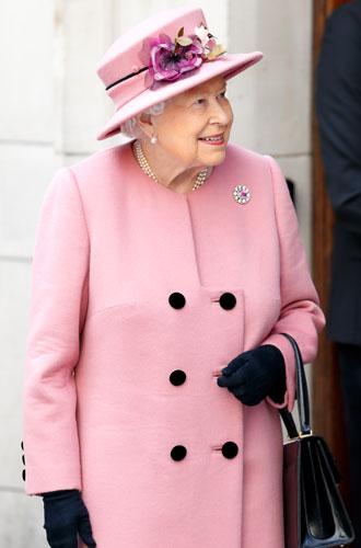 Фото №7 - Royal pink: как королевские особы носят розовый цвет