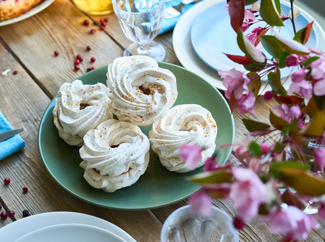 Фото №2 - Безе: история десерта и три классических рецепта
