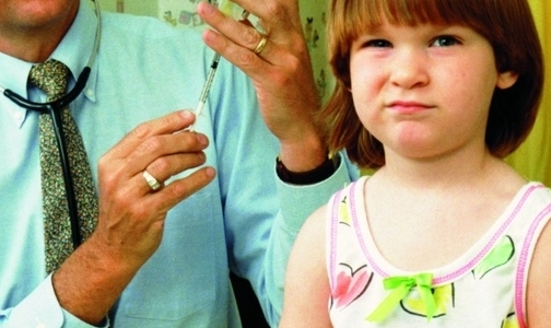 Фото №1 - Петербуржцев начнут прививать от гриппа с 17 августа