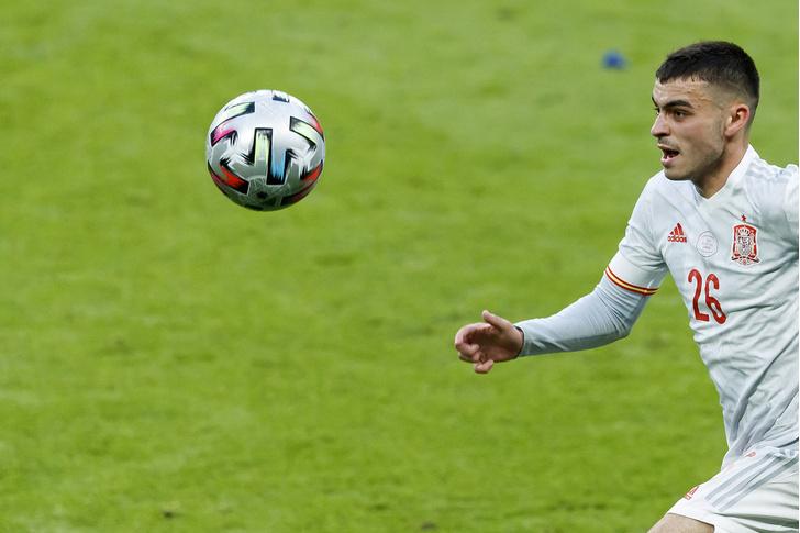 Фото №3 - УЕФА назвала лучших игроков Евро-2020
