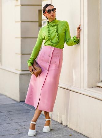 Фото №6 - Как носить розовый цвет: лучшие сочетания с самым модным оттенком