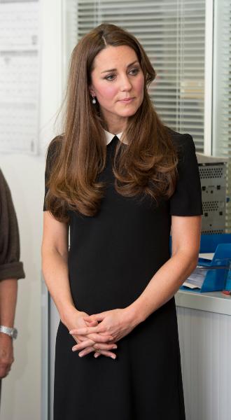 Фото №5 - Принцесса масс-маркета: как герцогиня Кейт носит одежду бюджетных брендов