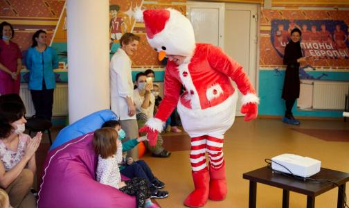 Фото №1 - Здравствуй доктор, Новый год! В петербургских больницах готовятся к празднику