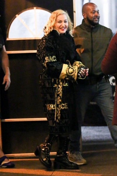 Как бабушка: Мадонна стареет с каждым днем