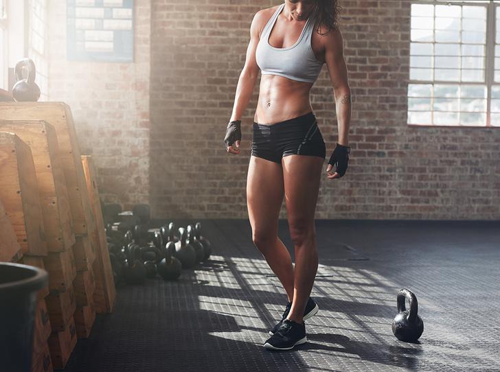 Фото №5 - Силовые тренировки для женщин: мифы об огромных мышцах и правда о здоровье