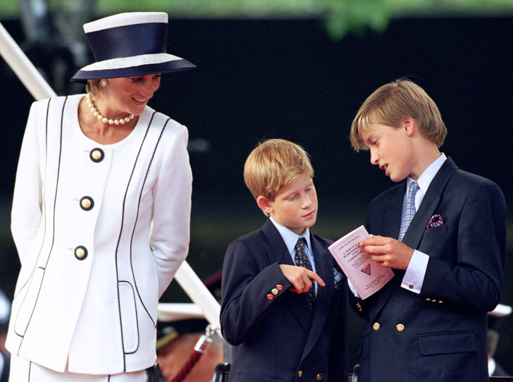 Фото №24 - История в фотографиях: какой мамой была принцесса Диана