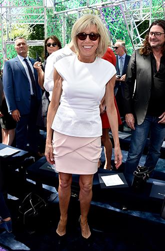 Фото №7 - Брижит Макрон: женщина, стоящая за президентом Франции