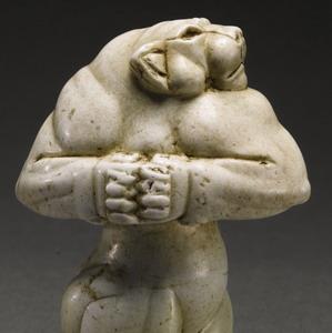 Фото №1 - Sotheby's выставил на торги 5-тысячелетнюю статуэтку