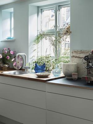 Фото №2 - Цвет, экспрессия, максимализм: уютный дом в Копенгагене