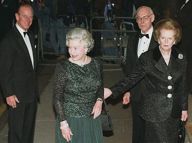 Фото №3 - Как Королева относилась к Маргарет Тэтчер