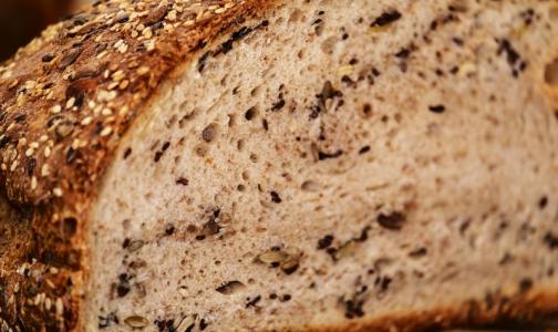 Фото №1 - Эксперты рассказали, насколько мультизерновой хлеб полезнее обычного