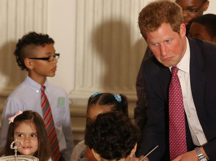 Фото №23 - 25 фотодоказательств, что принц Гарри будет отличным отцом