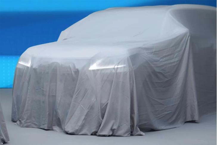 Фото №2 - Его величество «шестисотый». Новый внедорожный Lexus примеряет легендарный шильдик Mercedes-Benz