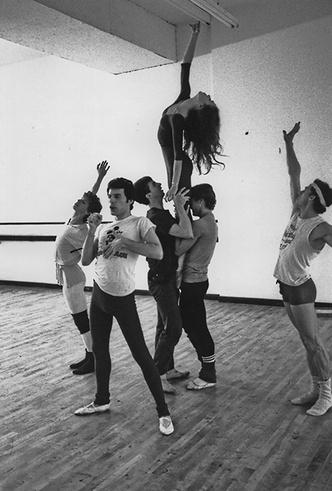 Фото №16 - Вечеринка с принцессой Дианой и лама Майкла Джексона: истории о Фредди Меркьюри, не рассказанные в «Богемской рапсодии»