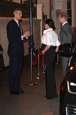 Фото №7 - Герцогиня Меган не изменяет традициям (почти): Сассекские на премии Endeavour