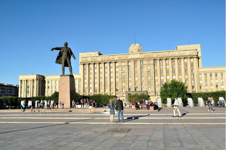 Фото №1 - Названы лучшие «советские» места Санкт-Петербурга