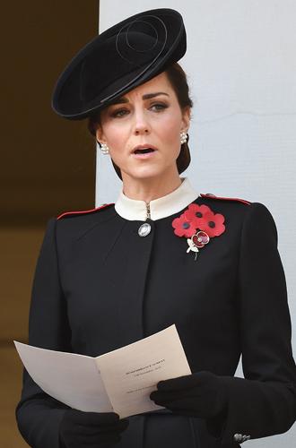 Фото №6 - «Взрослая» Кейт и «голливудская» Меган: о чем говорит макияж герцогинь?