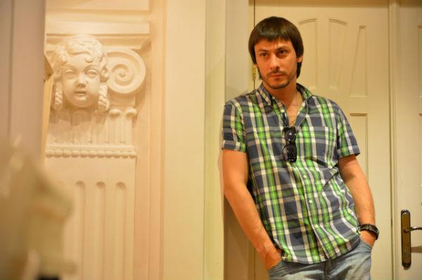 Фото №33 - Играя, сердце разбивают: двенадцать омских актеров-красавцев. Голосуем!
