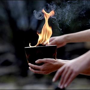 Фото №1 - Олимпийский огонь прибыл в Петербург