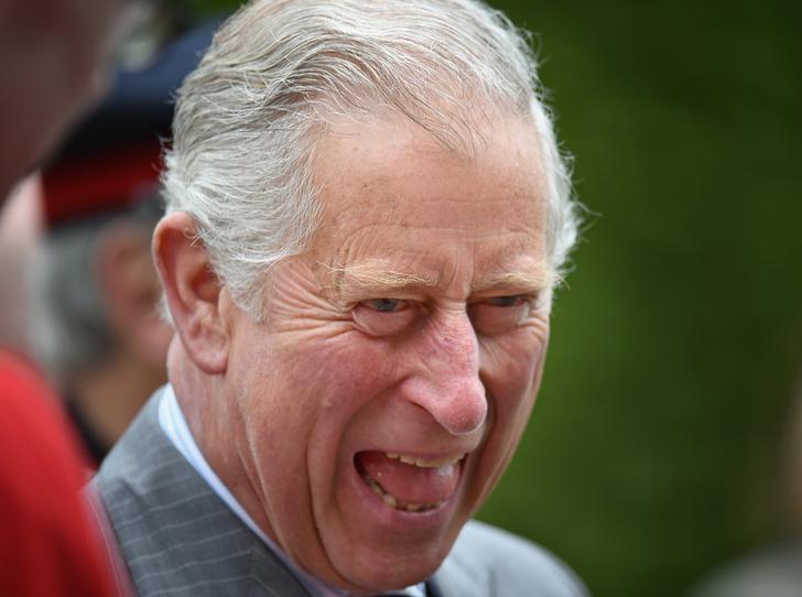 Фото №4 - Короли на пенсии: 8 монархов, которые отреклись в пользу детей