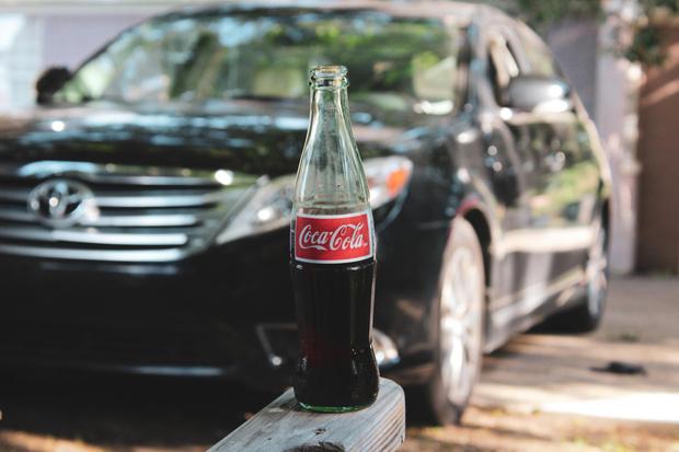 Фото №6 - Самые опасные еда и напитки для перекуса за рулем