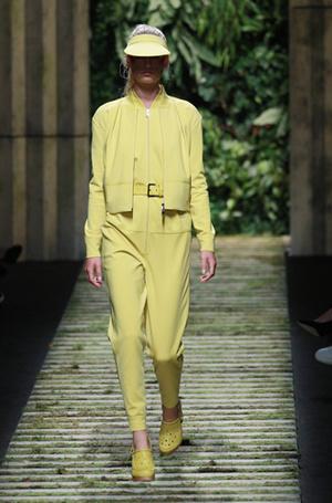 Фото №15 - Единое целое: как носить модные комбинезоны