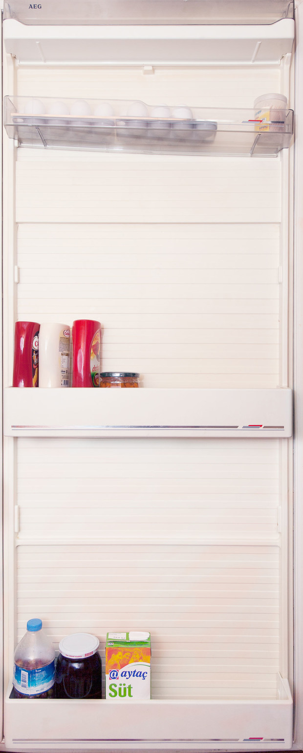 Фото №75 - Что лежит в холодильнике у жителей разных стран: 54 любознательных фото