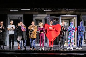 Фото №5 - Молодежные театры, которые заставят тебя полюбить спектакли больше, чем фильмы 🎭