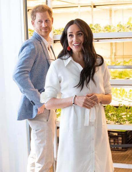 Фото №1 - Что Гарри и Меган подарили друг другу на вторую годовщину свадьбы