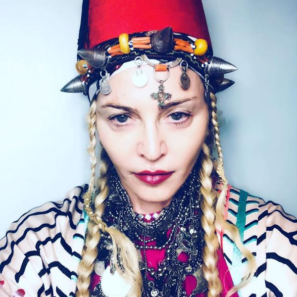 Фото №2 - Бьюти-тренды, которые ввела в моду Мадонна (даже если вы об этом не знали)
