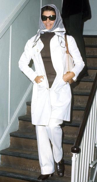 Фото №14 - Модный список Первой леди: любимые бренды Жаклин Кеннеди