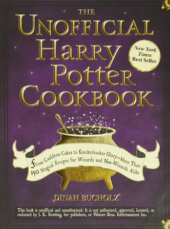 Фото №11 - Учебники Хогвартса и другие книги, которые стоит прочитать после «Гарри Поттера» ✨