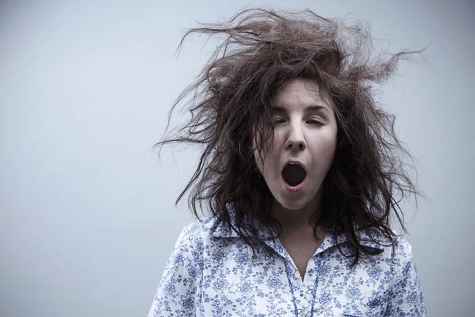 Невыспавшаяся женщина