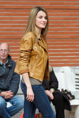 Фото №13 - Запретный плод: как королевские особы носят джинсы