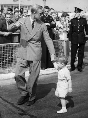 Фото №3 - Почему принц Филипп присутствовал при рождении лишь одного из своих детей