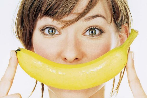 Фото №1 - Почему ни в коем случае нельзя выбрасывать кожуру банана