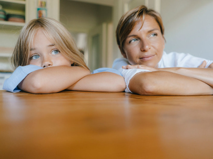 Фото №1 - Родом из детства: 4 психологических травмы, которые ломают нам жизнь