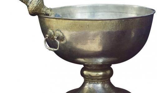 Фото №1 - В святой воде нашли фекалии